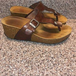 Lola Sabbia Brown Leather Thong Cork Wedges